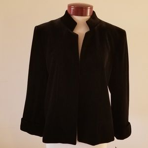 NWT Black velvet Tahari blazer